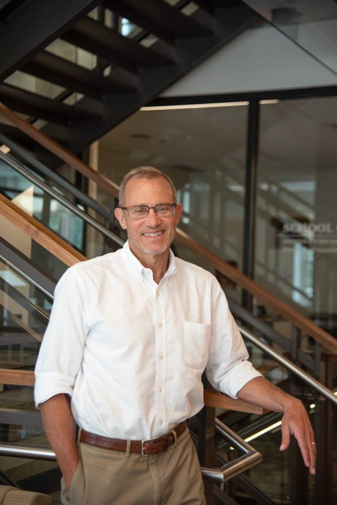 Dr. Robert Einterz