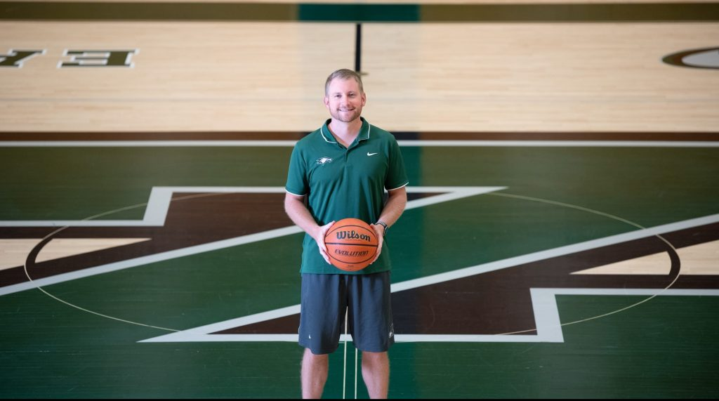 Zionsville Community High School Welcomes Coach J.R. Howell to Its Court