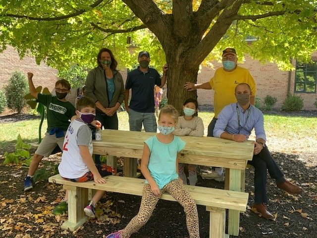 Zionsville Rotary Club on Building Tables and Community Spirit